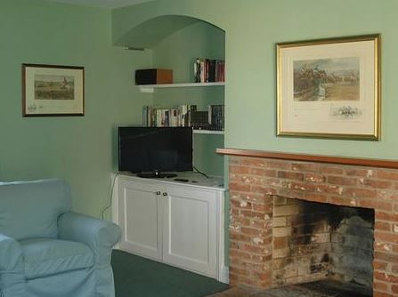 Manor Farm, Sco Ruston, Norwich, Norfolk, England. Holiday. Travel. Self Catering. Accommodation. Dog Friendly. Family. Pet Friendly. Cottage. Directory.