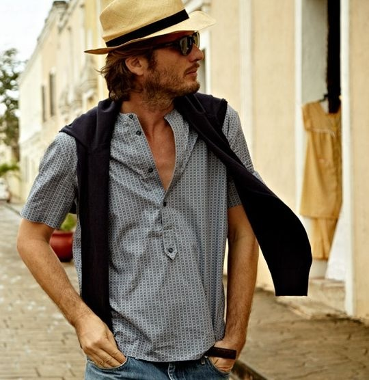 Ρούχα διπλής ανάγνωσης. Φλώρικα αλλά και badass - Dress Code - STYLE | oneman.gr