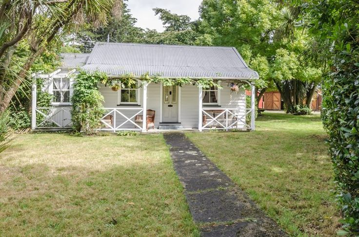 COLONIAL COTTAGE | Trade Me Property