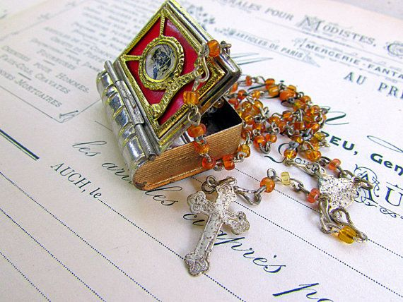 Vintage Italian Rosary Box With Tiny Rosary  by PaperLinenPearls, $30.00