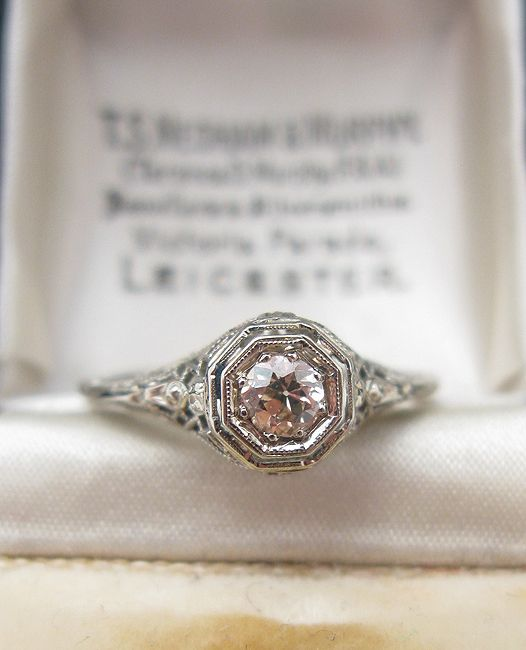 Art Deco 18K White Gold Diamond Filigree Ring ~ I don't wear, buy or even own diamonds for personal morality issues... but vintage is a 'grey' area - and this is really pretty.