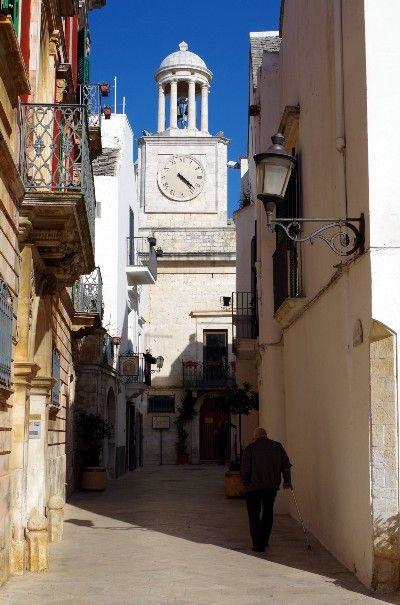 Die weißen Städte Apuliens: Locorotondo #Apulien #Italien #WeAreInPuglia