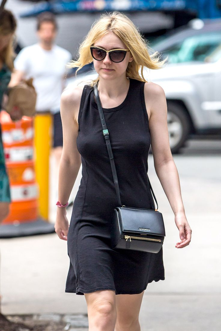 Dakota Fanning Hot Picture 13 | great celeb boobs and ...