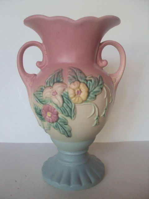 "Vintage Original Hull Wild Flower Vase W-14. Large 10.5"" Tall. Excellent!"