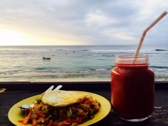 Kelly's Warung Jl. Pantai Bingin, Bingin Beach Set in a guesthouse on Bingin Beach, Kelly's is a good place to stop for healthy fare like smoothie bowls in between waves. [$]