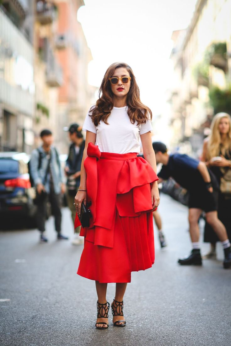 60 Head-To-Toe-Amazing Street Style Snaps From Milan Fashion Week #refinery29  http://www.refinery29.com/2015/09/94857/milan-fashion-week-spring-2016-street-style-pictures#slide-21  Inspired by a certain dancing emoji....