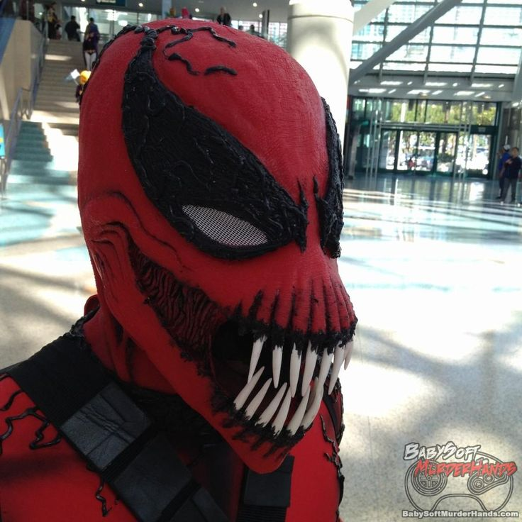 Carnagecosplay from Stan Lees Comikaze 2015  @babysoftmurderhands @stanleescomikaze  carnage comic comic books costume cosplay stan lee comikaze #anime #cosplay #costume #otaku #gamer #videogames