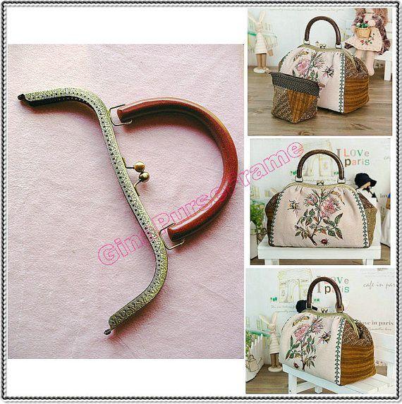26cm (10 1/2inch) embossed wood-handle heart-shape metal purse frame large size (antique brass color)-1piece