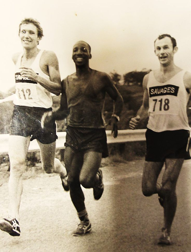 Paying tribute to the late Simon Mkhize (74), Double Green Number Comrades Runner, who amassed 12 Bronze and 8 Silver medals since the 1970s