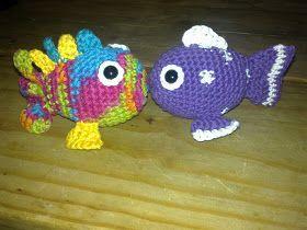 VIRKAD FISK, lite gullig och mycket mullig. Här kommer min senaste fisk simmande den blir jättesöt. Kroppen Varv 1: gör 10 fm i en magis...
