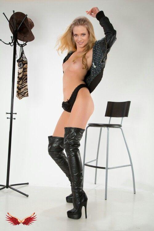 Good free hardcore porn blonde