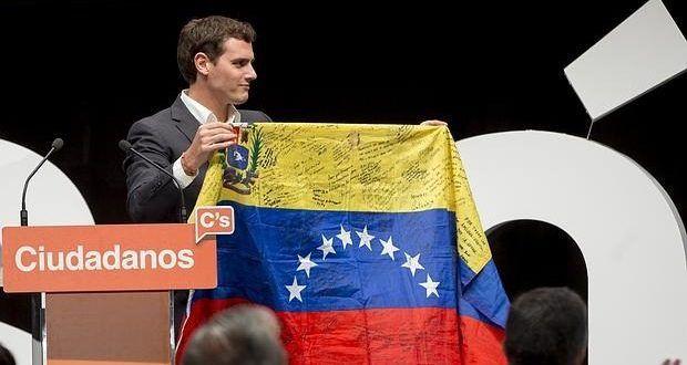 Lamebotas del Ibex (Albert Rivera) considera fracasado el referéndum catalán argumentando que carecen de la infraestructura necesaria y el beneplácito de la ley – insurgente.org. Tu diario de izquierdas