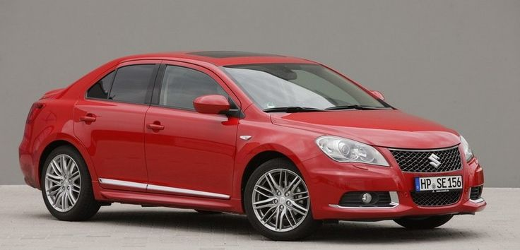 Suzuki Kizashi, llamado a revisión por arañas en el depósito de gasolina - http://www.actualidadmotor.com/2014/08/28/suzuki-kizashi-llamado-revision-por-aranas-en-el-deposito-de-gasolina/