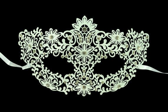 Hey, I found this really awesome Etsy listing at https://www.etsy.com/listing/192119474/white-flora-masquerade-mask-metal