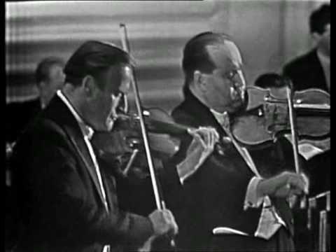 Yehudi Menuhin and David Oistrakh playing the Bach Double (1/3)
