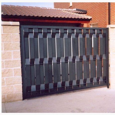 Fabricamos todo tipo de cerramientos en forja y puertas - Puertas para cerramientos ...