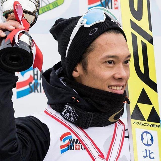 #Repost @oakleyjapan with @repostapp ・・・ 白馬で開催されたノルディックスキージャンプの全日本選手権(ラージヒル)で竹内択選手 @taqtakeuchi が初優勝。地元長野で、初となる全日本タイトルを獲得しました! #Oakley #FlightDeck #OakleyPrizm #TeamOakley