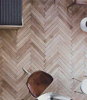 Resultado de imagem para piso de madeira espinha de peixe