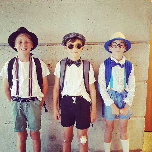 Getting in the Deco spirit - nice work team 👍🏼 #Repost @davconltd ・・・ Art Deco Weekend kicks off #davconjuniors #schooldaze #schooldressups #artdeco #artdeconapier #artdecoweekend #greatthingsgrowhere #hawkesbay