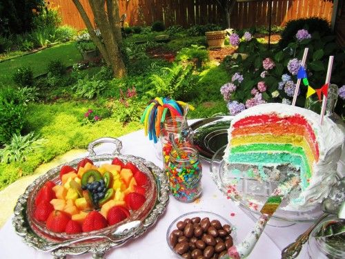 Artificial coloring usually doesn't sit very well with me taste-wise.... BUT.... this is just the most visually appealing spread EVER. It was originally a rainbow themed baby shower... I'm thinking lesbian bridal shower catering idea;)
