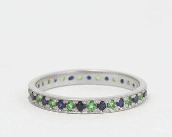 Sapphire and Emerald Alternating gemstone White Gold eternity ring