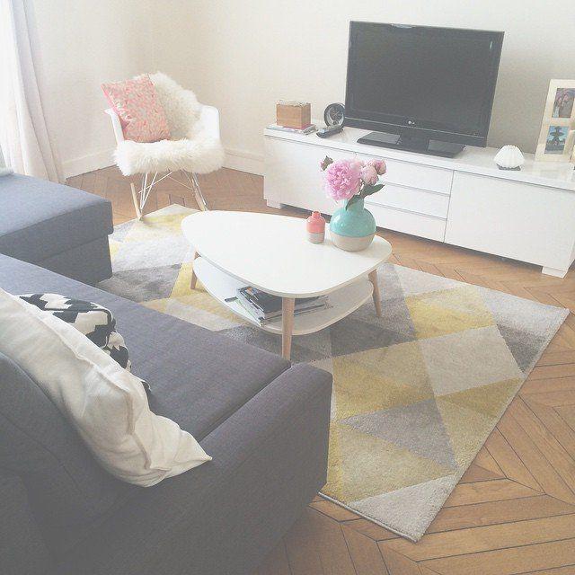 Les 25 meilleures id es de la cat gorie petit salon sur for Petit salon appartement