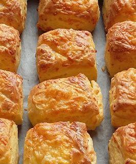 Családi kondér: Túrós sajtos kocka
