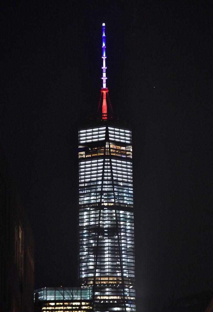 Des monuments du monde entier red cor s au couleurs de la france paris yor - Couleur preferee des francais ...