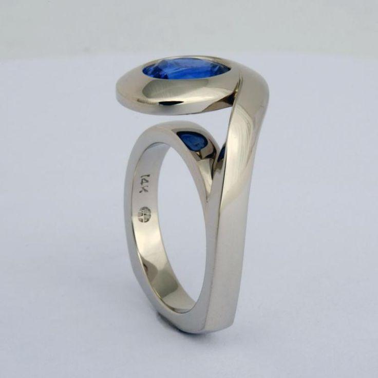 Sapphire Ring   Rings   Wesley Harris MFA – Schmuck