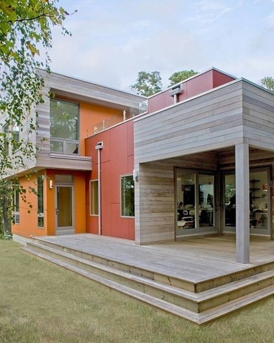 Modern Eco Sustainable Home by ZeroEnergy Design