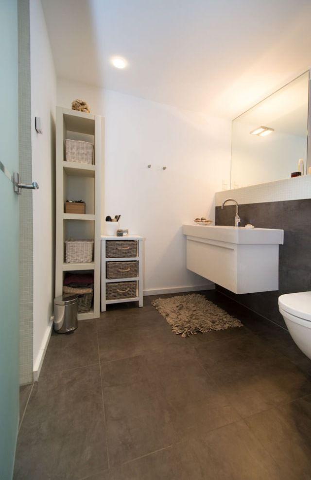 1000 id es sur le th me tag res de salle de bains sur for Mini etagere salle de bain
