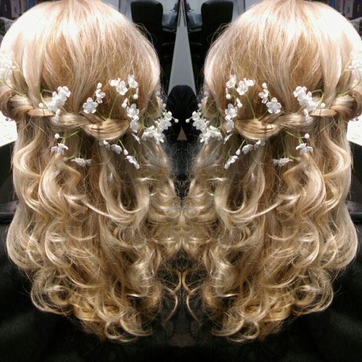 Curls ,hairdo , lettikampaus