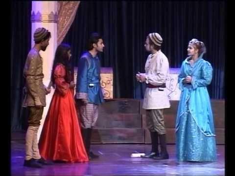 Merchant of venice as a romantic comedy