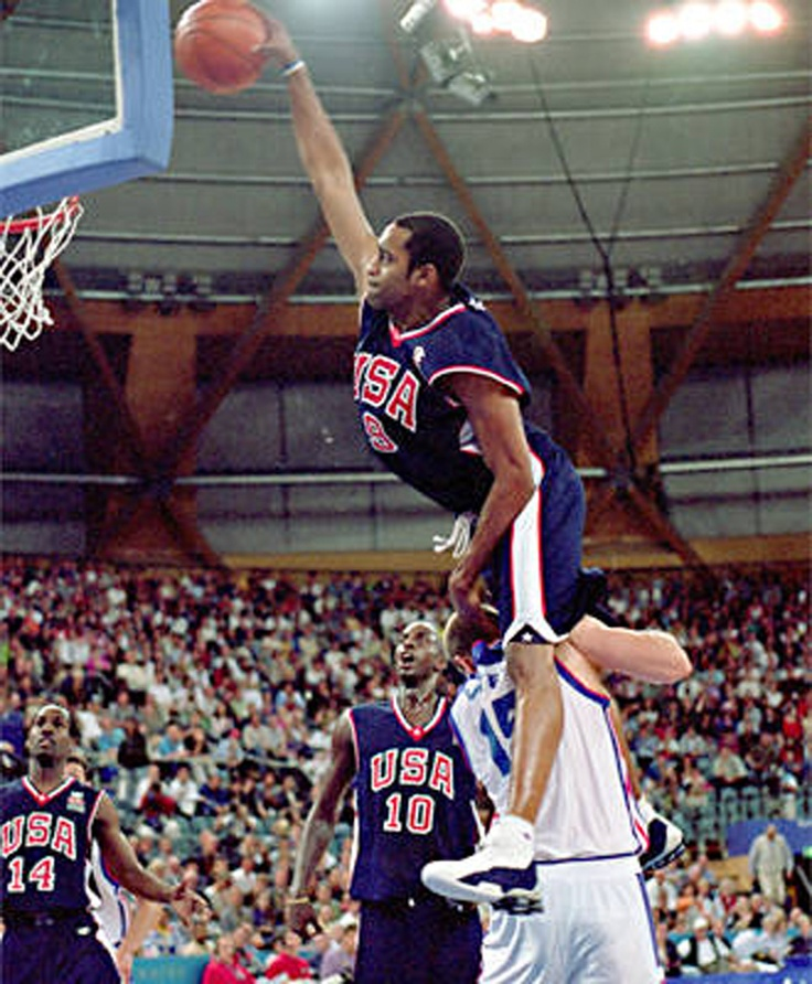 Vince Carter Posterized This French Player At The 2000 Olympics In Sydney KG Watches