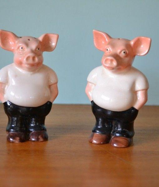 Vintage Rising Hawk Pig salt and pepper shakers pigs
