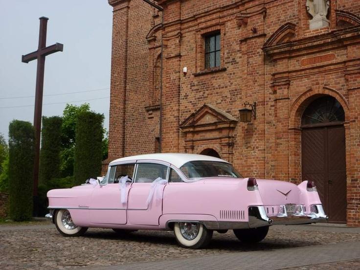 Pink Elvis Cadillac 1955 for wedding