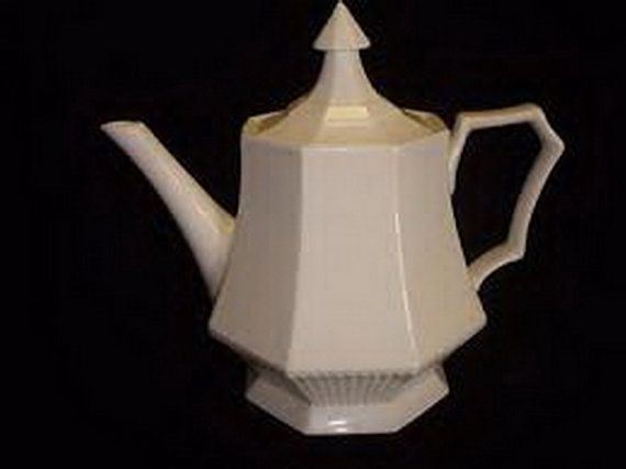 NIKKO Classic Collection Vintage White Teapot by MushkaVintage3