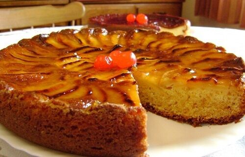 Here is a delicious apple sponge cake recipe!