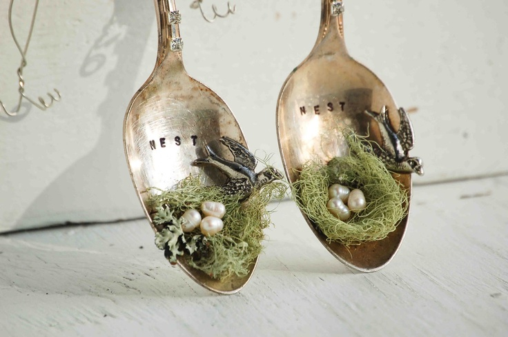 Blackbirds & Bumblebees: DIY Nest Spoon Ornaments