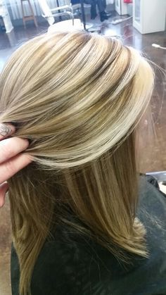 Heavy highlight redken shades eq 9v and pravana summer blonde diminsional salon envy