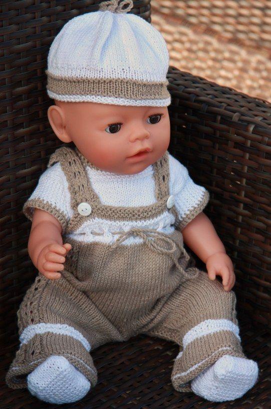 Stricken Sie diese praktischen Puppenkleider mit superweichem Baumwollgarn Design: Målfrid Gausel