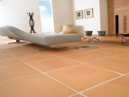 Clean simple lines and wamr colours! Terracotta tile MANUAL MIEL LANTIC  COLONIAL