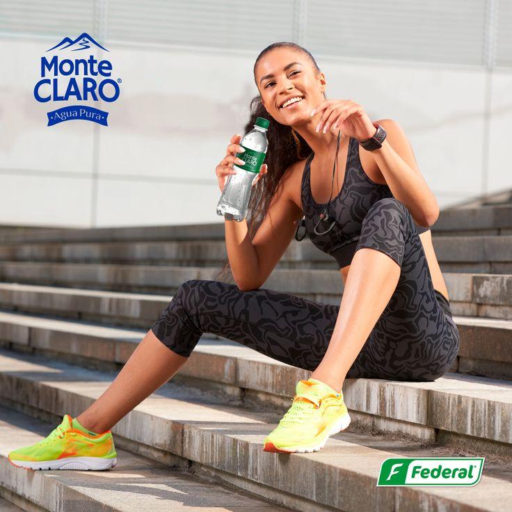 Ponle la frescura necesaria a tus tardes con Agua Monte Claro. #AguadeVida