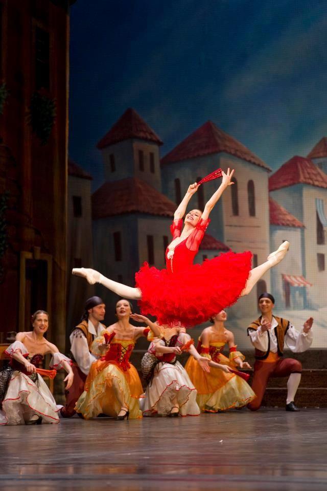 Russian Ballet. Svetlana Zakharova. More: https://www.facebook.com/pages/Russian-Dating/539187666095750