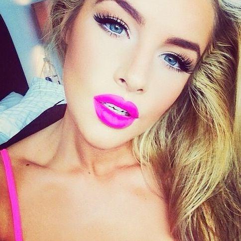 Fuchsia lips: