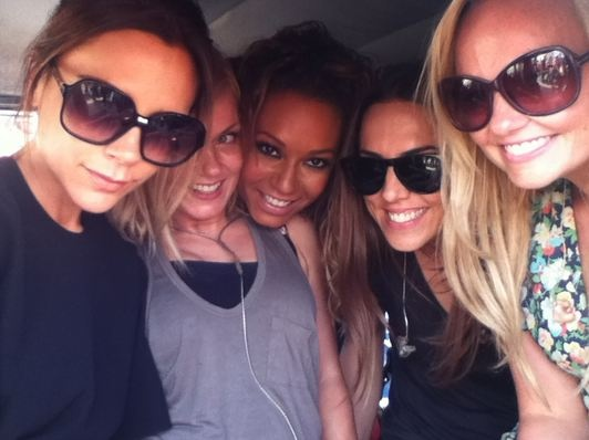 spice  girls- victoria beckham, emma bunton, mel c, mel b, geri