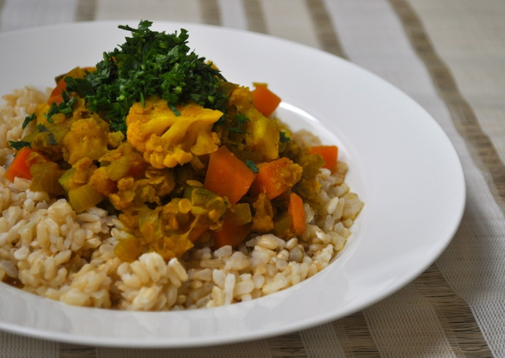 Chunky Dahl on brown rice with parsley