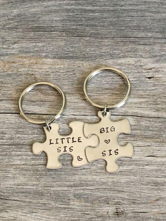 Big Sis Little Sis Puzzle Piece Keychain Set