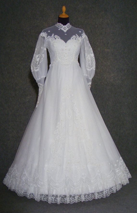 80s vintage wedding dress 1980s wedding gown by HalloVintage