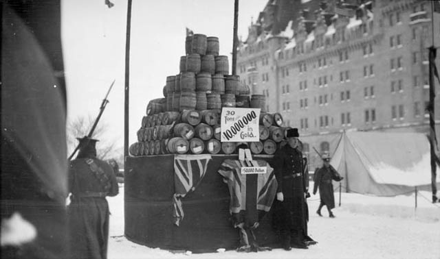 Ottawa through the ages - war time. United Way was here.